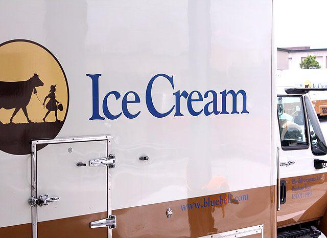 Vanilla, Strawberry and Fudge Ice Cream Dessert | Recipe