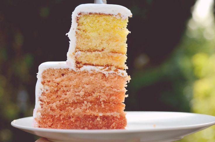 die besten 25 zweist ckige torte ideen auf pinterest torten dekorieren zur taufe. Black Bedroom Furniture Sets. Home Design Ideas