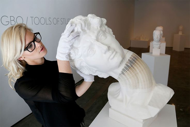 Chinese artist Li Hongbo arrives in New York with a collection of new flexible paper sculptures at Klein Sun Gallery. See many more artworks made from thousands of sheets of paper as well as new video of Hongbo's studio on Colossal.   http://www.thisiscolossal.com/2014/02/new-flexible-paper-sculptures-by-li-hongbo