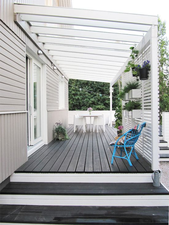 Deck with pergola - love the planters on the privacy wall