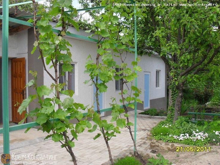 Аренда: 2-х комнатный коттедж в Старом Крыму: Крым $300.00 ® Агентство недвижимости «РА» Ялта