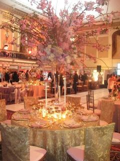 Disney S Fairy Tale Weddings Table Design By David Tutera
