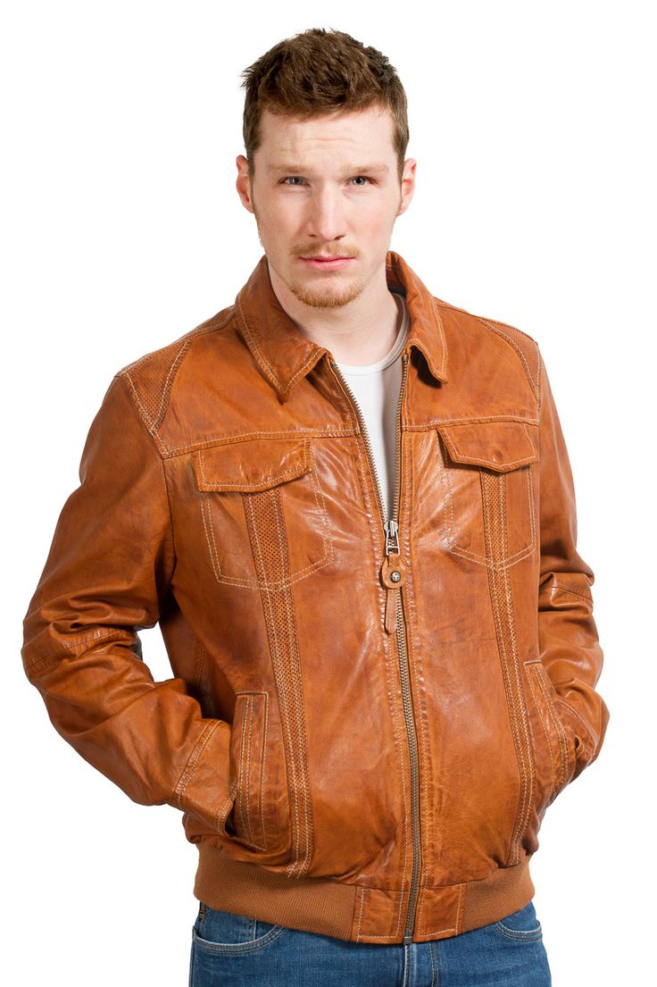 Trapper Lederjacke mit ausdrucksstarker Perforierung cognac