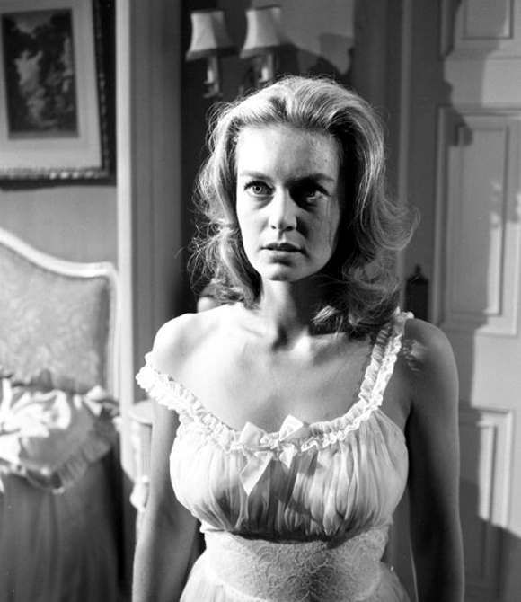 Throwback To The Women Of Hammer House Of Horror Midnight Pulp Hammer Films Horror House Hammer Horror Films