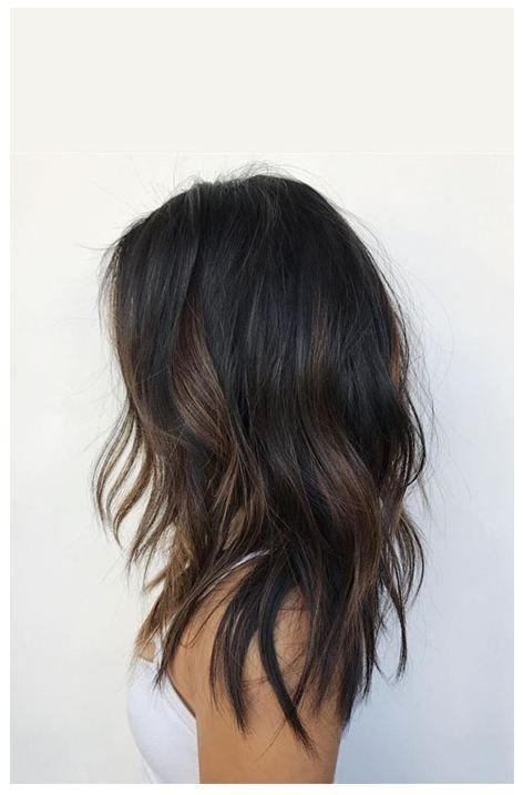 Partial Balayage auf dunklem Haar