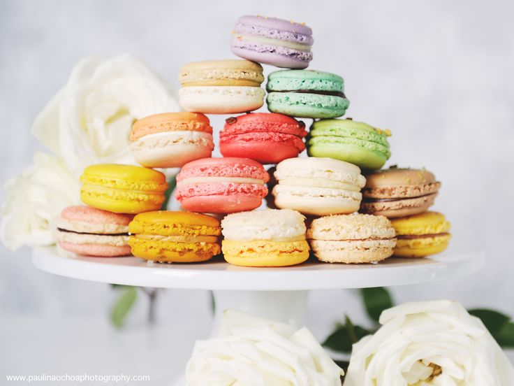 Pile your macarons up for a great pyramid/tower effect! #yannpins [ Paulina Ochoa Photography ]
