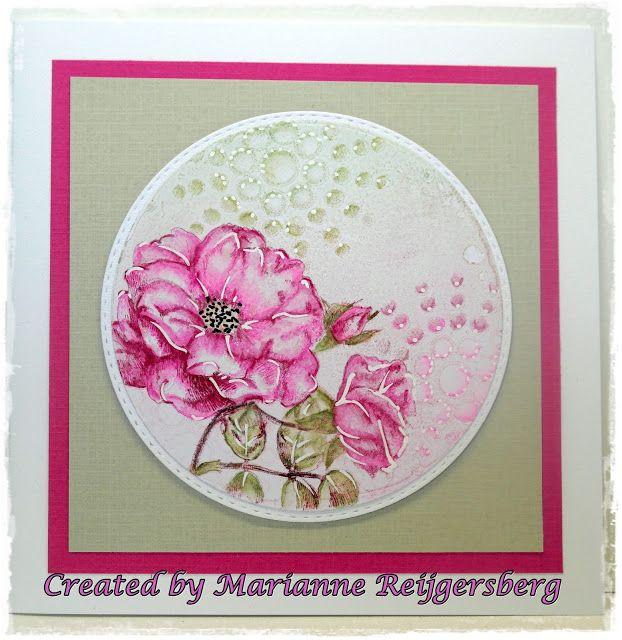 Marianne: Mini Gelli Plates )(rund) + Distress + Versamark + Masken + Blumenmotiv