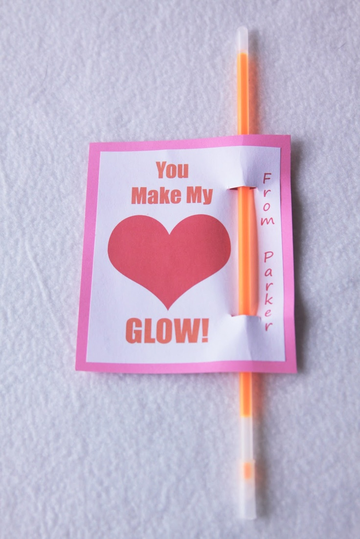 Living, Loving, Learning Naturally: Preschool Valentine's Day Party: You Make My Heart Glow!