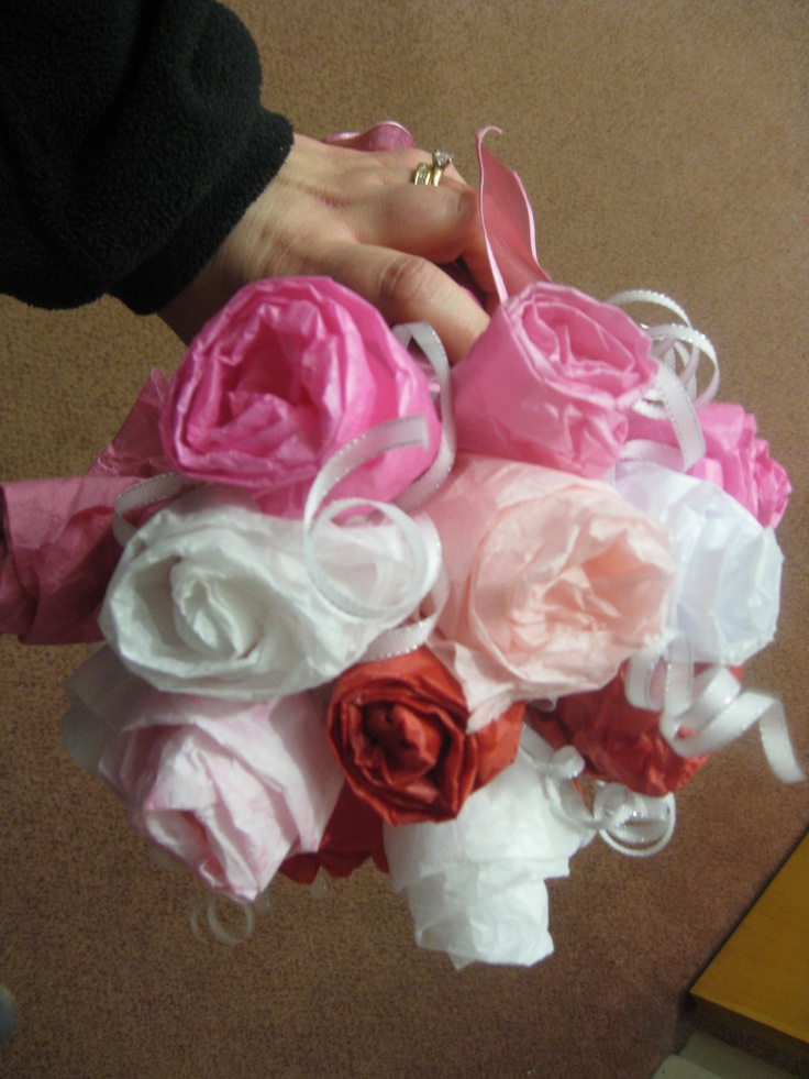 bridal shower tissue in the gift bags) I made for my sisters wedding ...