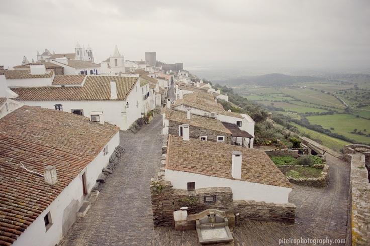Monsaraz, Alentejo, Portugal. (Photo: Piteira Photography) #alentejo #visitalentejo #portugal #visitportugal #landscape #monsaraz #travel