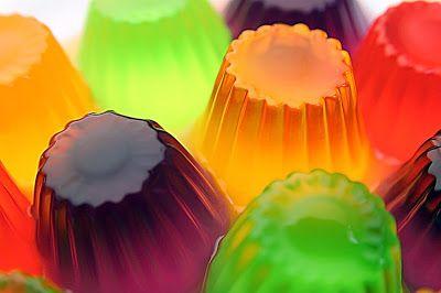 Aprenda uma receita de gelatina caseira saudável, natural e nutritiva para crianças!