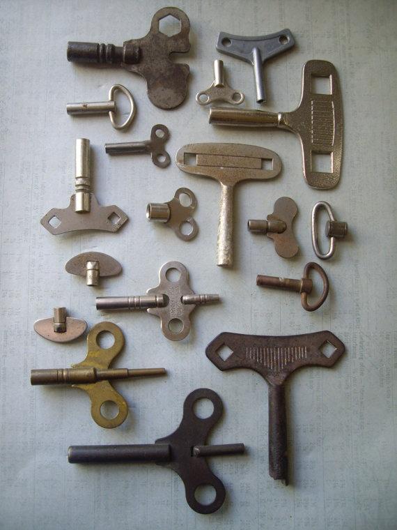 Antique clock keys toy winding keys 18 vintage keys by KeyBoogie, $44.00