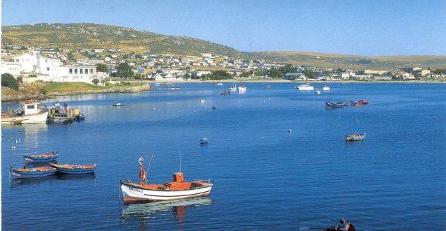 Saldanha Bay is the largest, natural harbour in South Africa which consists of a spectacular, never-ending coastline.