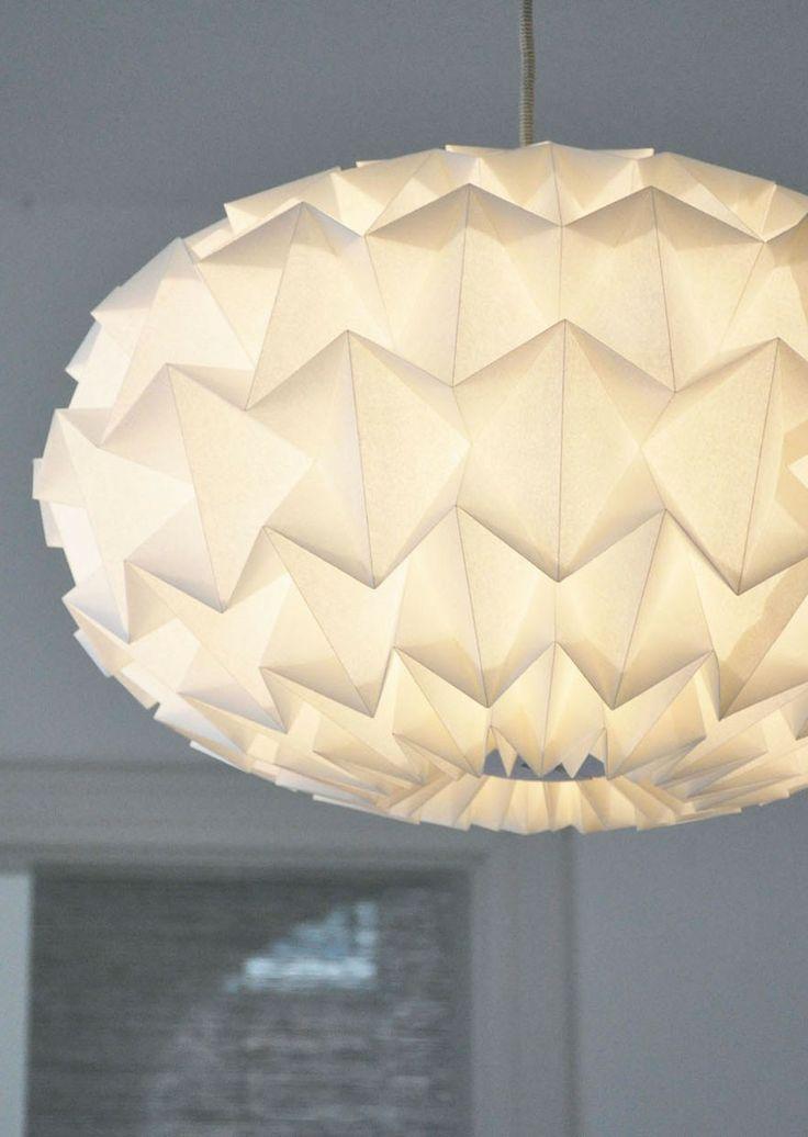 """Papieren lamp """"Signature"""" Studio Snowpuppe"""