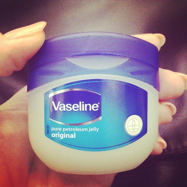 「ヴァセリン」の、お肌の保湿以外の使い方って知っていますか?意外な使い方を10通りご紹介します♡