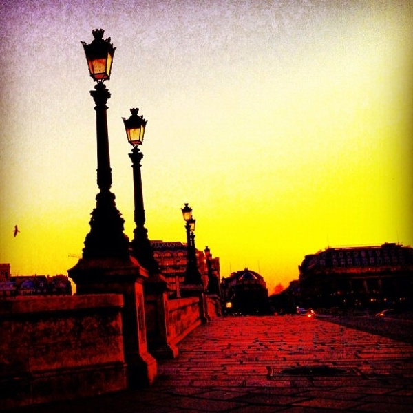 Paris  (Nikos Aliagas)