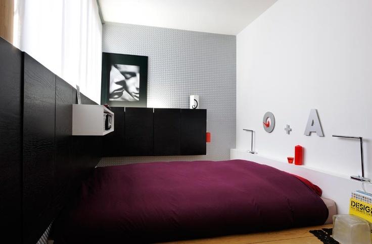 decoracao kitnet jovem : decoracao kitnet jovem:Kitinete Vermelho e Branco – quarto Achados de Decoração