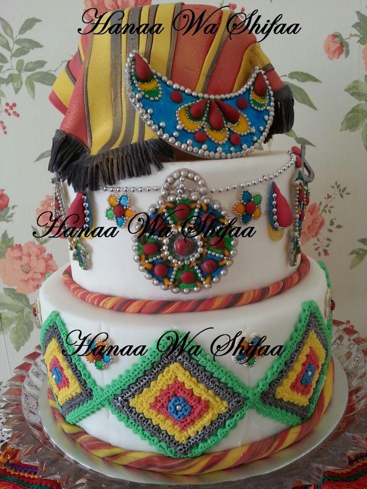 Berbere themed wedding Cake