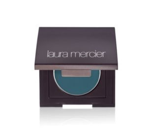 For a twist on a Laura Mercier classic, try Tightline Cake Eye Liner in Deep Teal. Its long-lasting color payoff is an easy way to show your support! #LMOCFteal