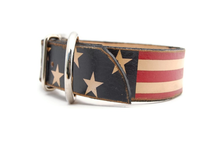 Leather dog collar -  1 inch Stars and Straps  - cool dog collar. £22.00, via Etsy.