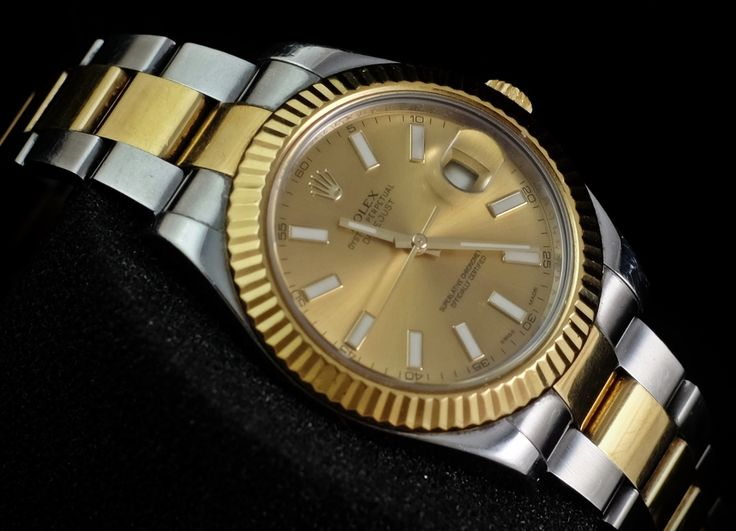 WE ARE BASED AT JAKARTA - INDONESIA please contact us for any inquiry : whatsapp : +6285723925777 blackberry pin : 2bf5e6b9 #ROLEX #ROLEXGMT #LUXURY #LUXURYWATCH #FORSALE #HOROLOGIE #indonesia #dubai # singapore #watchtrading #watchtrade #luxury #gold
