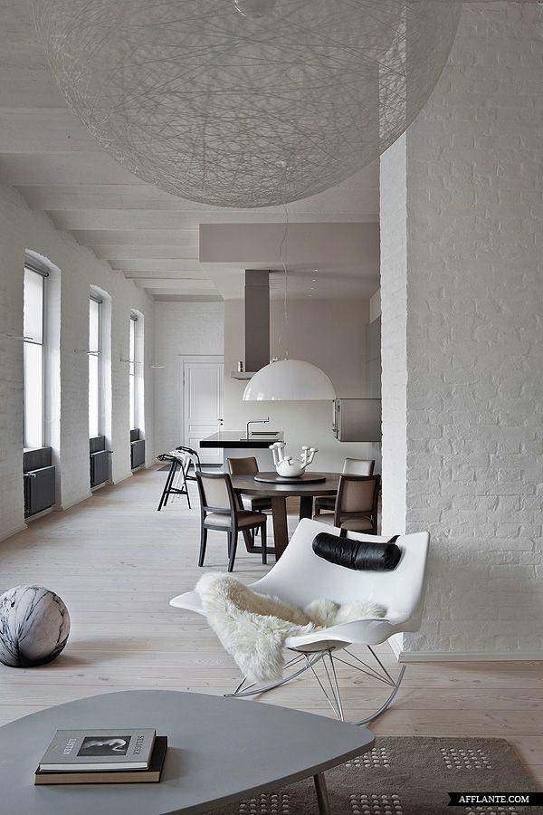 Contemporary_Russian_Apartment_with_the_History_Ekaterina_Sokolova_afflante_com_0_0