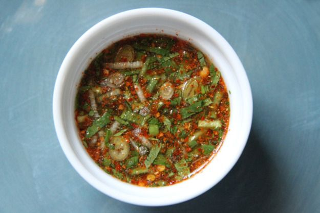 This smoky, salty and sour dipping sauce goes well with all kinds of meat that have been barely seasoned and not covered with sauce. Try this with grilled chicken (marinated in not much more than some fish sauce and a bit of sugar) and steamed Thai sticky rice.