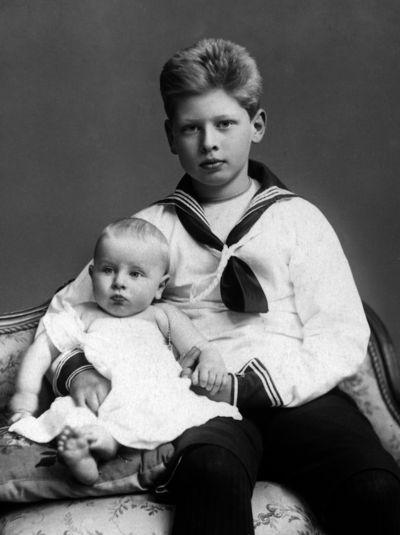 Prince Carol  de Roumanie (1893-1953) et son frère le prince Nicolas (1903-1978)
