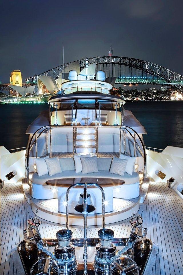 Luxury lifestyle https://plus.google.com/u/0/b/114492979343283287882/114492979343283287882/posts