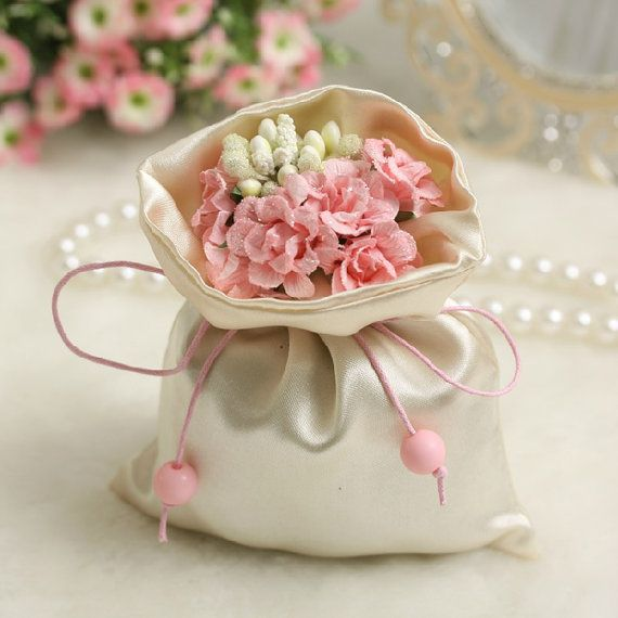 50pcs Handmade Fabric Wedding Favor bags with pink flower , Wedding Candy bag wedding favors , DIY Party favors , Party bag  , wedding bag