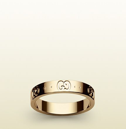 Lovely Gucci icon thin band my wedding ring