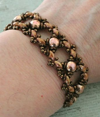 Linda's Crafty Inspirations: Bracelet of the Day: Ivy Bracelet Variation - Rose Gold