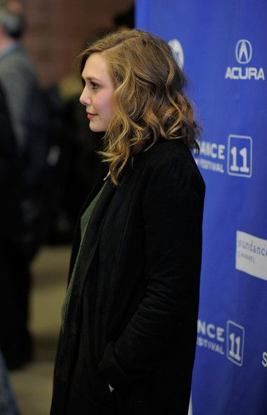 Elizabeth Olsen Photos - Actress Elizabeth Olsen attends the Martha Marcy May Marlene Premiere at the Eccles Center Theatre during the 2011 Sundance Film Festival on January 21, 2011 in Park City, Utah. - Martha Marcy May Marlene Premiere - 2011 Sundance Film Festival
