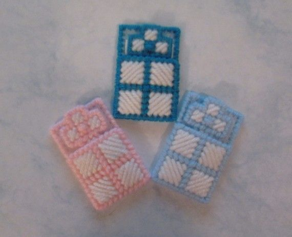 134 best plastic canvas images on pinterest plastic for Cross in my pocket craft