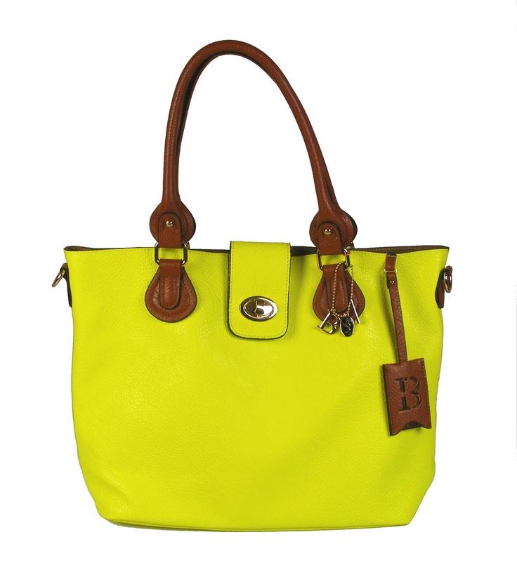 Bulaggi bag in bag shopper/handtas/schoudertas neon geel. Verkrijgbaar in neon fuchsia, neon geel, neon oranje en champagne. Collectie voorjaar/zomer 2013. #handtas #shopper #schoudertas #bulaggi