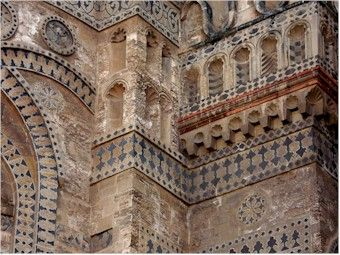 The intriguing decoration of the cathedral abside in Palermo