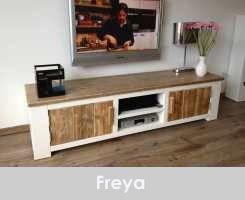 Steigerhout TV-meubel Freya - Steigerhout Furniture | Exclusieve steigerhouten meubelen voor binnen en buiten! Uw steigerhout meubelen en tuinmeubelen op maat gemaakt.