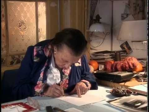 LOUISE BOURGEOIS une vie https://www.youtube.com/watch?v=cjho_BJ2KsE
