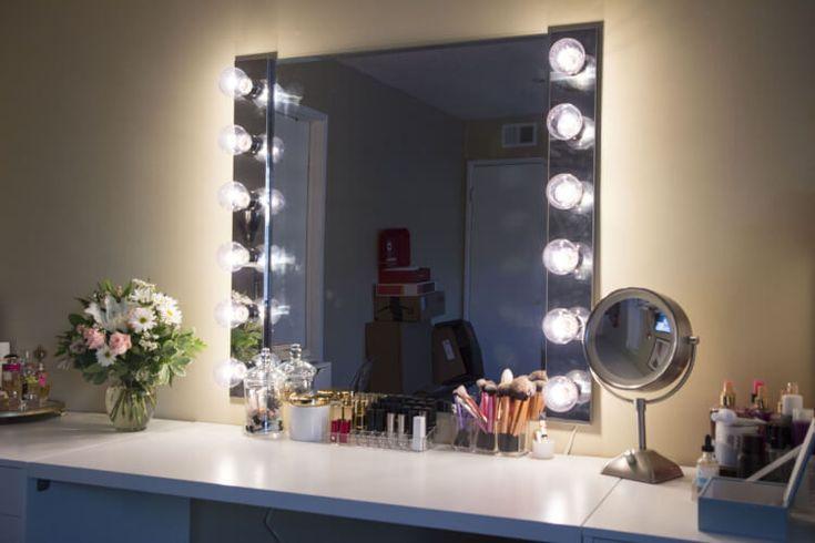 #DIY #VanityMirror #MakeUp Tag: makeup vanity mirror with lights, hollywood vanity mirror with lights, small makeup vanity ideas, diy vanity mirror with lights.