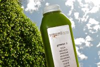 Pressed Juicery's Green Juice Recipe 2 serv...    1 head romaine   2 pieces of celery  5 stalks kale (or other leafy greens)  1 to 2 Fuji apples  1 lemon  1 Tbsp ginger  1/2 bunch of watercress  1 dash of cayenne pepper