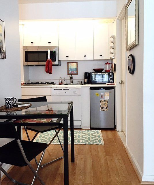 Kitchen Renovation Apartment Therapy: Stephanie's Bold Mix €� Small Cool 2015