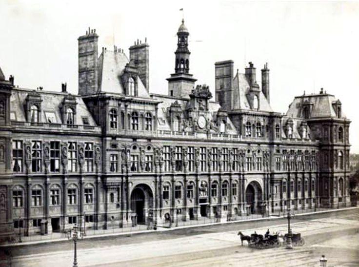 Charles Marville - 1865- Hotel de Ville de Paris avant la commune