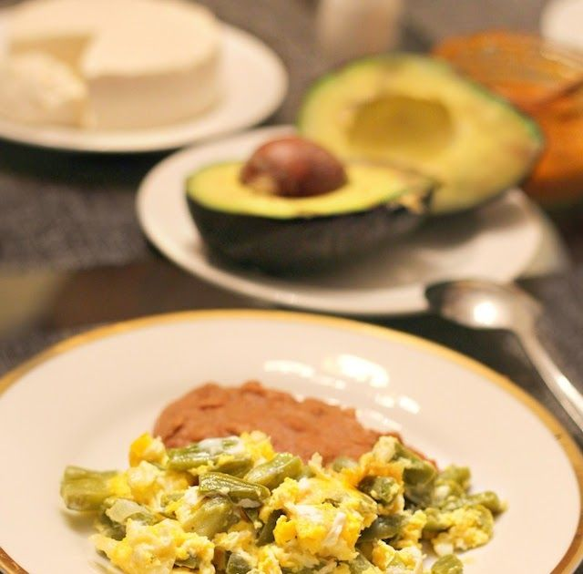 47 best nopales recepies images on pinterest mexican food recipes quick easy recipe for breakfast using nopales cooked and chopped nopales with eggs are forumfinder Images