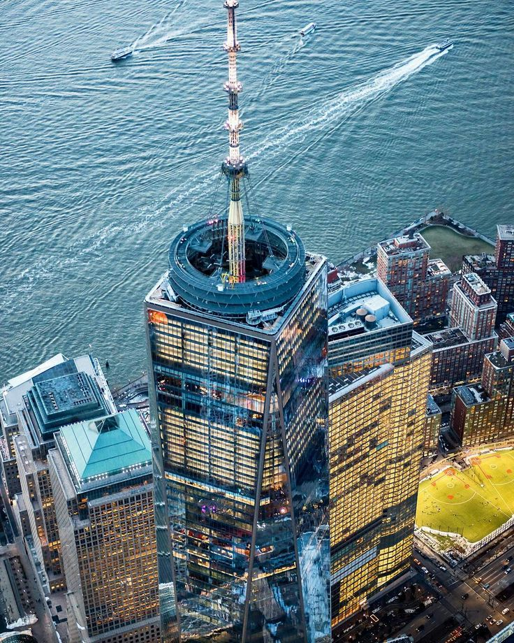 One World Trade Center by David LaCombe by newyorkcityfeelings.com - The Best Photos and Videos of New York City including the Statue of Liberty Brooklyn Bridge Central Park Empire State Building Chrysler Building and other popular New York places and attractions.
