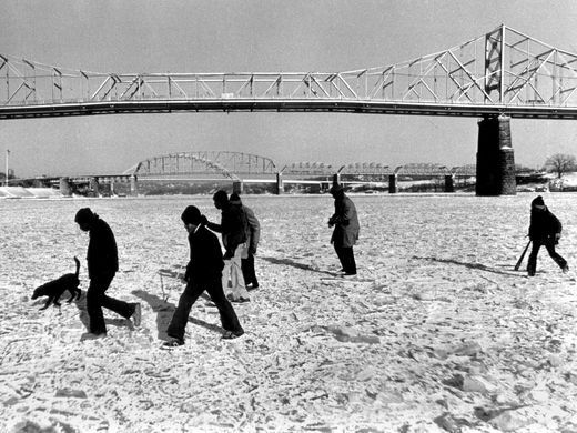 People Walking Across The Ohio River In Cincinnati To Nky In The 1970s Ohio River Highlands Louisville Cincinnati Ohio