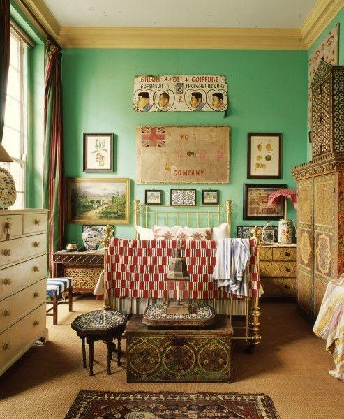 room おばあちゃんの部屋みたいな色