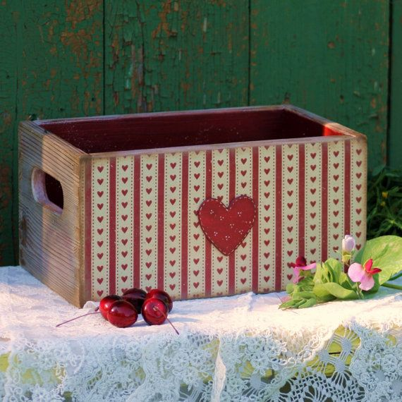 Wood Storage Box with Handles, Decorative Table Box, Wood Rustic Storage Container, Farmhouse Wood Basket, Heart Basket, Country Kitchen decor ................................ #etsy