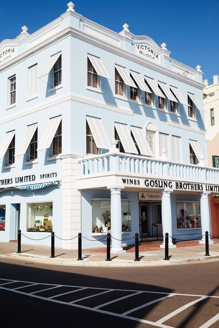 A travel guide to the chicest street in Bermuda.