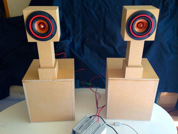 スワン型スピーカー ターキー1/2。ParcAudioのDCU-F102Wを取り付けた状態。