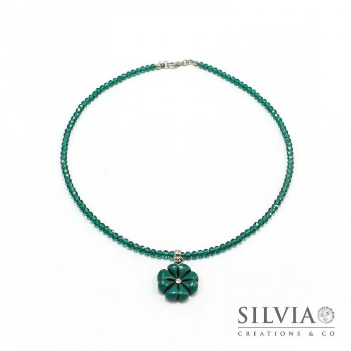 Collana girocollo con cristalli e quadrifoglio verde